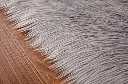 faux lammfell schaffell teppich 50 x 150 cm flauschig weiche nachahmung wolle teppich longhair. Black Bedroom Furniture Sets. Home Design Ideas
