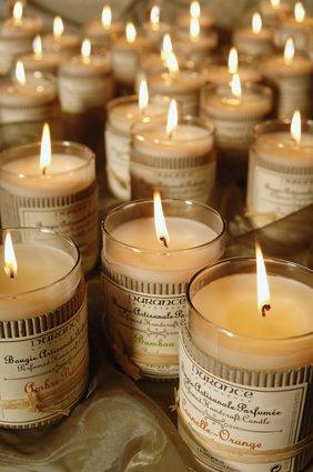 Durance en Provence - Duftkerze weißer Sandelholz (Santal Blanc) 180 g