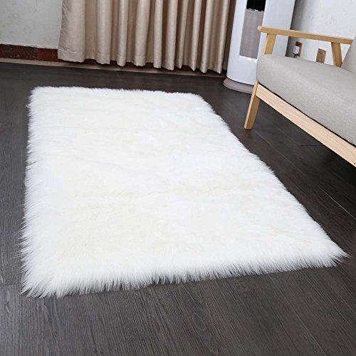 Faux Lammfell Schaffell Teppich 50 x 150 cm Wohnzimmer Teppiche Flauschig Lange Haare Fell Optik Gemütliches Schaffell Bettvorleger Sofa Matte (Weiß)