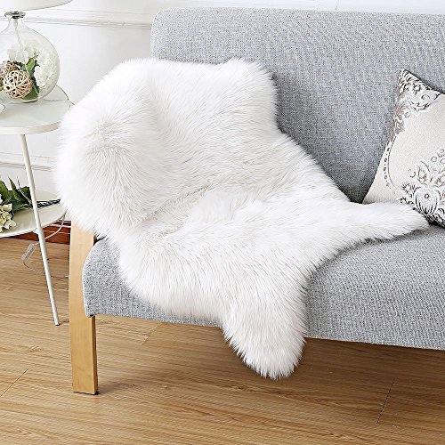 k nstlicher fell lammfell schaffell sheepskin rug lammfellimitat flauschigen teppiche imitat. Black Bedroom Furniture Sets. Home Design Ideas